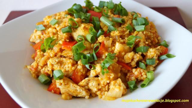 Zdjęcia Kurczak curry z warzywami i kaszą jaglaną