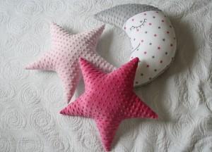 Gwiazdy dwustronne: jasny róż i minky Azalea Pink i księżyc w szaro - amarantowe gwiazdki