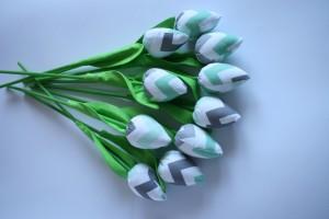 Tulipany miętow-szary zygzak